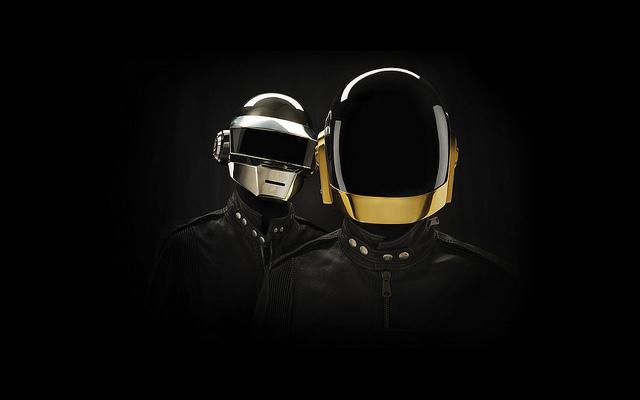 Daft Punkの若かりし頃の素顔が明らかに!! さらに顔を隠すようになった経緯も語る